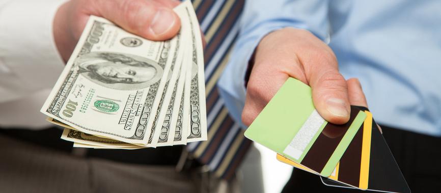 Что выбрать кредит или кредитную карту