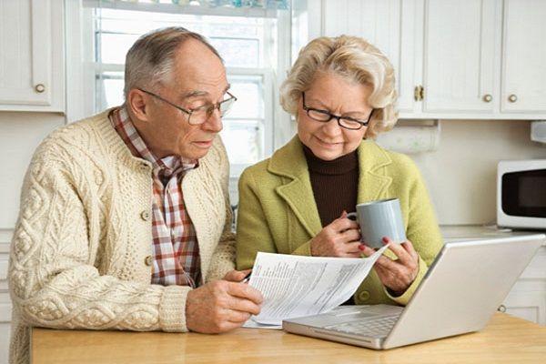 Как получить пенсионерам кредитную карту в 70, 80 лет