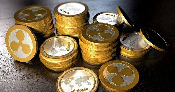 Все дело в капитализации и количестве монет