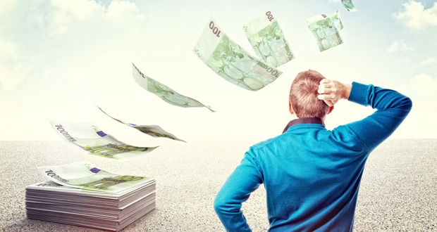 Если не платить кредит, то со штрафами увеличивается сумма долга