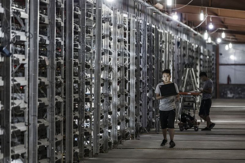 Майнинг в Китае обходится дешевле и осуществляется в промышленных масштабах