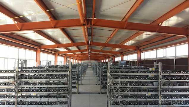 Одна из ферм майнинга в Китае
